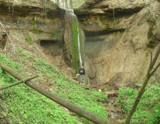 Водопад Петров Церак