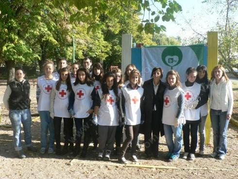 Заместник-областният управител на област Видин г-жа Елка Георгиева поздрави учениците за тяхната инициативност