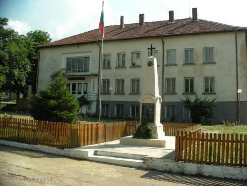 Започнало е пролетното почистване в село Киреево