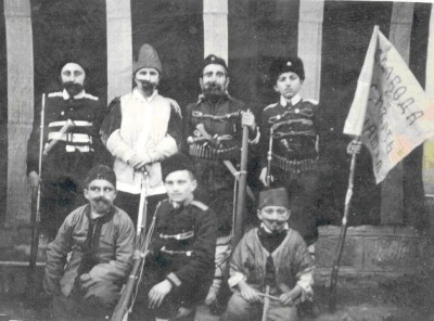"Представление ""Стефан Караджа"" – главните герой, фото м.ІІ 1943 г"