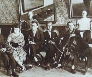Орктестърът към киното във Видин 1927г.