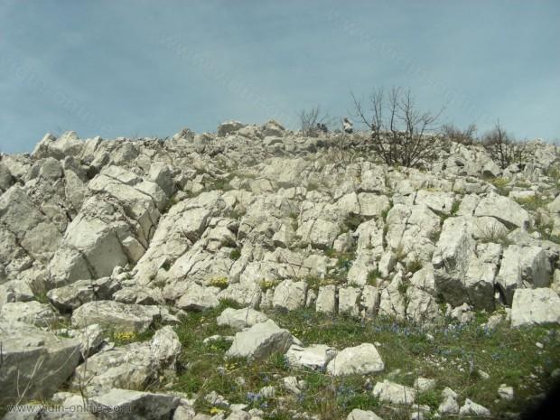 """Крепост има на връх """"Връшка чука,"""